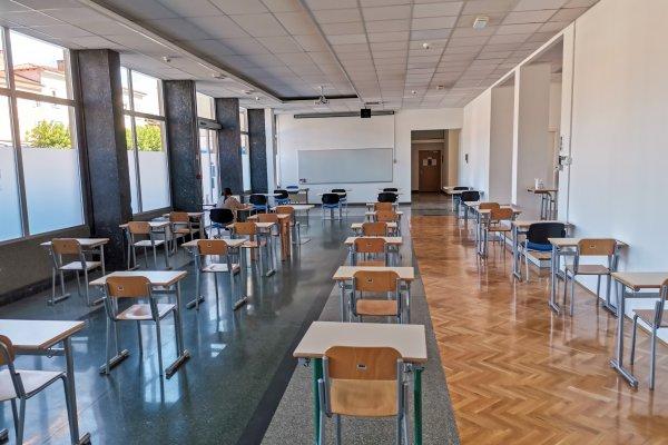 Vrata univerze zaprta do novega leta